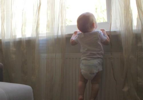 """VIDEO """"Mažylio saugumas"""": lova, durys, laiptai, langai"""