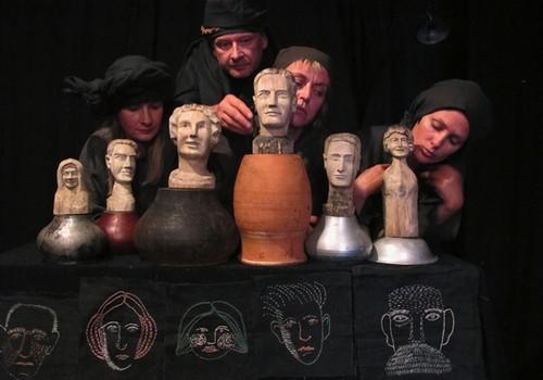 """Dalyvaukite konkurse Facebooke ir laimėkite bilietus į """"Stalo teatro"""" spektaklį!"""