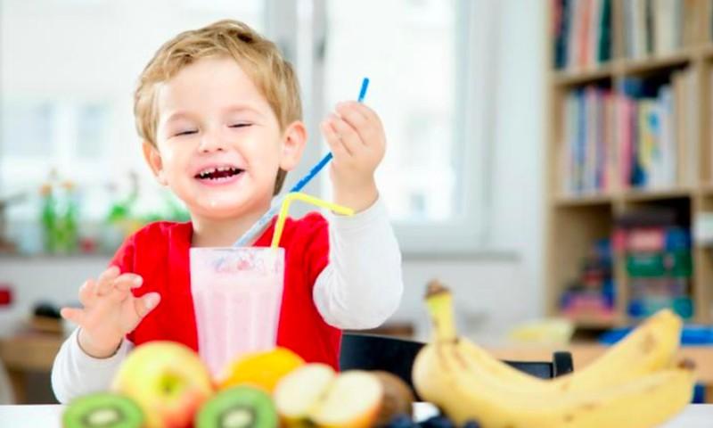 Ką gaminti vaikams pusryčiams: mamų RECEPTAI
