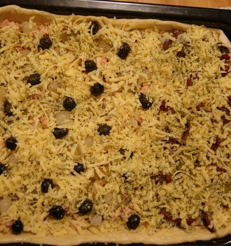 Didelė šeimyninė pica