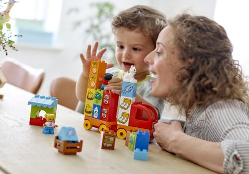 Pasiruoškime Kalėdoms - 10 dovanų idėjų iš LEGO®