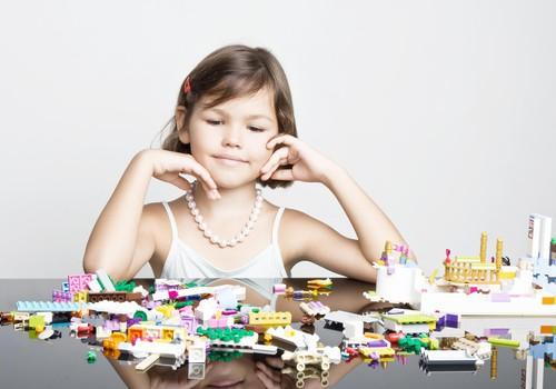 6 LEGO konstruktoriai, kurie patiks Jūsų mergaitėms