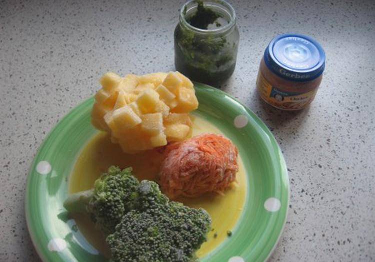 Trinta brokolių - moliūgų sriuba su Gerber vištiena