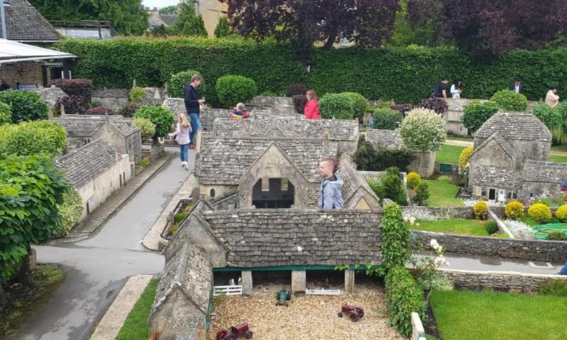 Miniatiūriniame kaime: kai mažas tampa dideliu