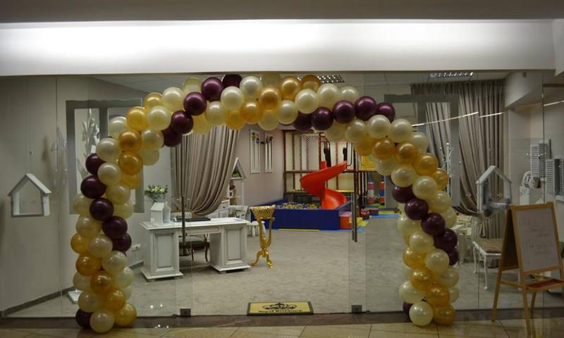 """(VCUP) penktame aukšte, duris atvėrė """"Mažųjų Karalystė"""" - nauja, jauki, saugi ir žaisminga šeimos švenčių bei laisvalaikio erdvė."""