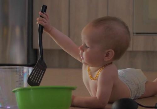 """VIDEO """"Mažylio saugumas"""": virtuvėje"""