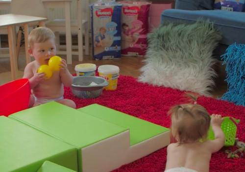 VIDEO patarimai, kaip paskatinti mažylį ropoti