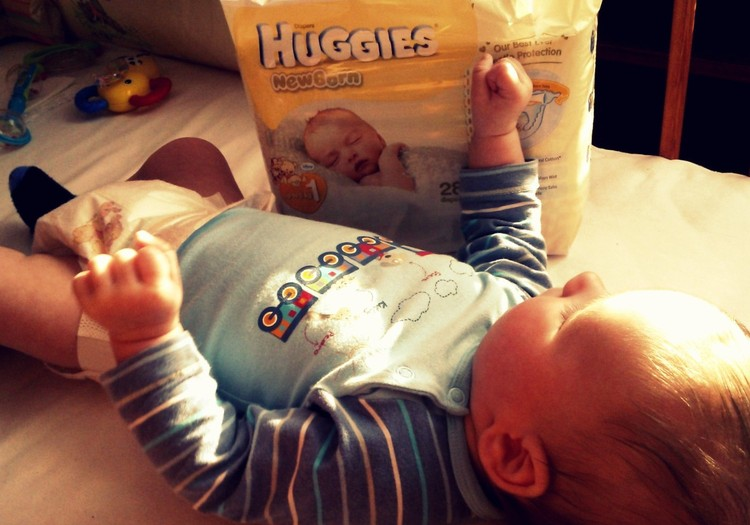 Ačiū už nepamainomą dovanėlę - sauskelnes Huggies Newborn!