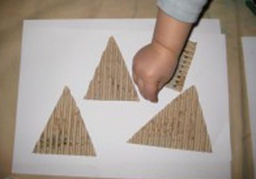 Ar pažįsta geometrines figūras?