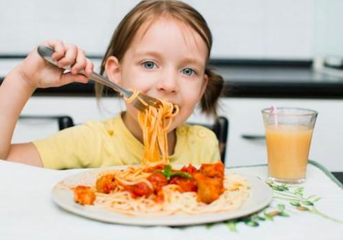 Kodėl vaikams būtina pietauti? Subalansuotų pietų pavyzdys.