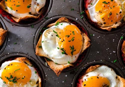 Atsibodo tradiciniai įdaryti kiaušiniai? Prancūziškas velykinio patiekalo receptas