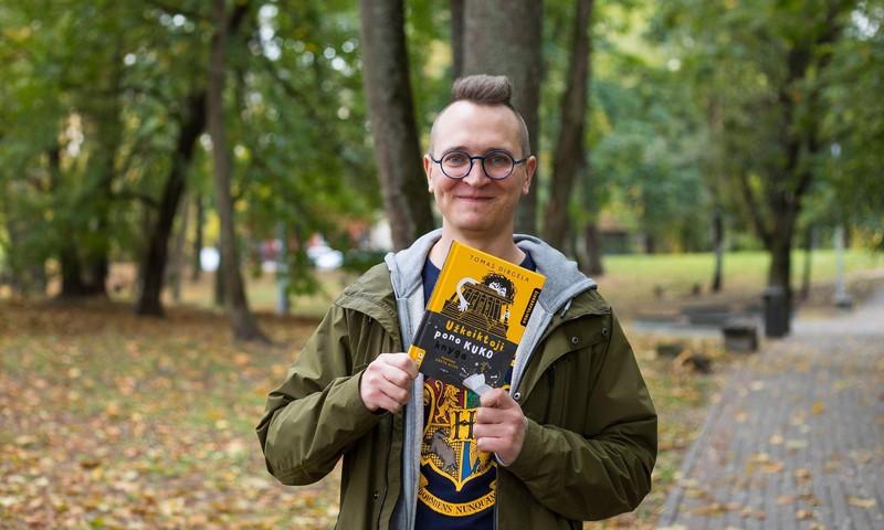 Vienas mylimiausių vaikų rašytojų Tomas Dirgėla neria į siaubo literatūrą