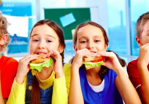 Ką valgys darželiuose ir mokyklose mūsų vaikai: produktų sąrašas