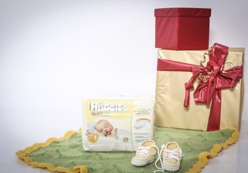 Vertinga dovana būsimoms mamoms švenčių proga – sauskelnės Huggies® Newborn
