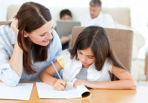 Ar jūsų vaikas labiausiai jaučiasi mylimas, kai jaučia jūsų paslaugumą?