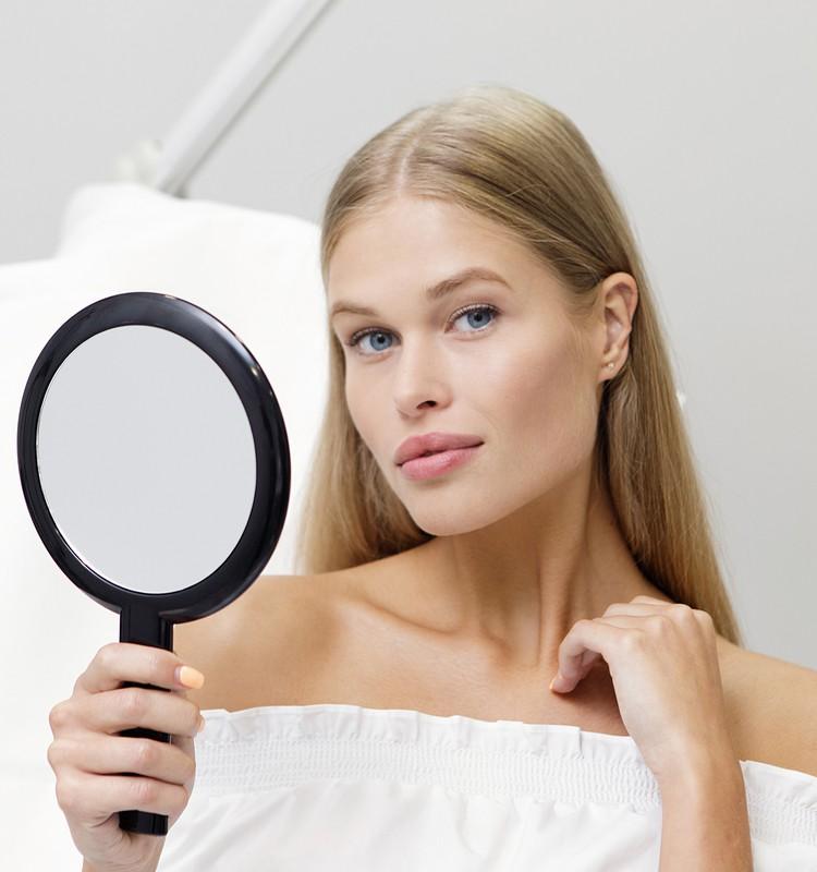 Hialurono rūgšties injekcijos – sugrąžinkite odai drėgmę ir jaunatviškumą