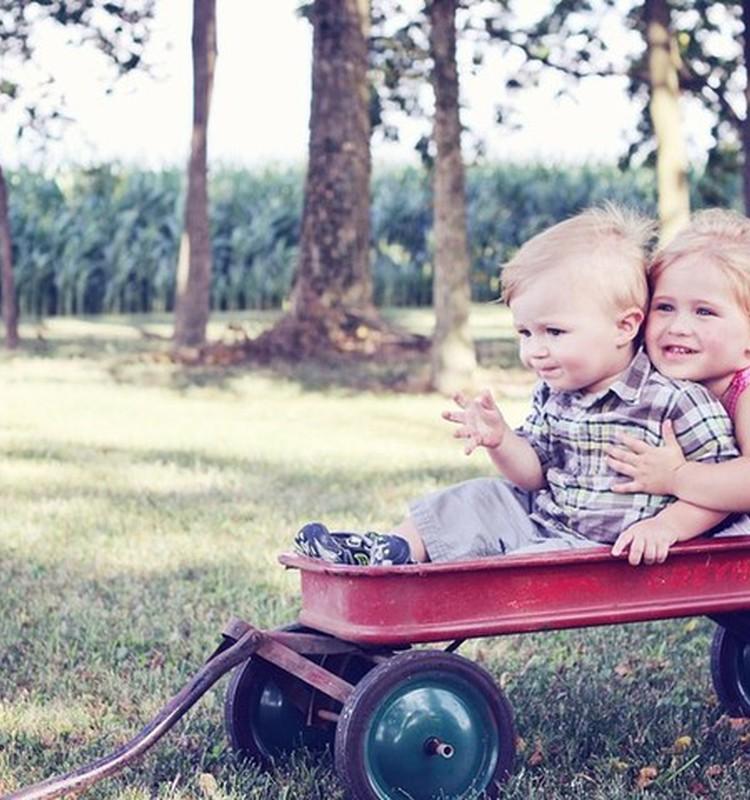 Vaiko raida iki trejų metų: ką žaisti ir kaip padėti ugdytis?