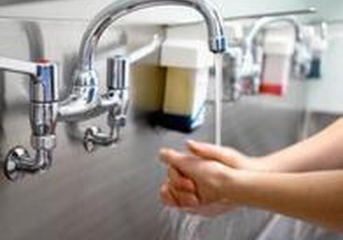 Kaip tinkamai plauti rankas?