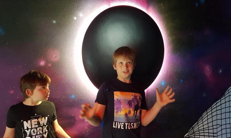 Vasaros gidas: kosminė patirtis tarp dangaus kūnų