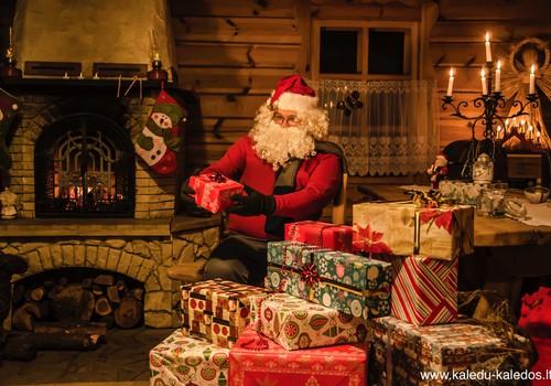 Pakvieskite Kalėdų senelį ne tik į darželį ar mokyklą, bet ir į namus